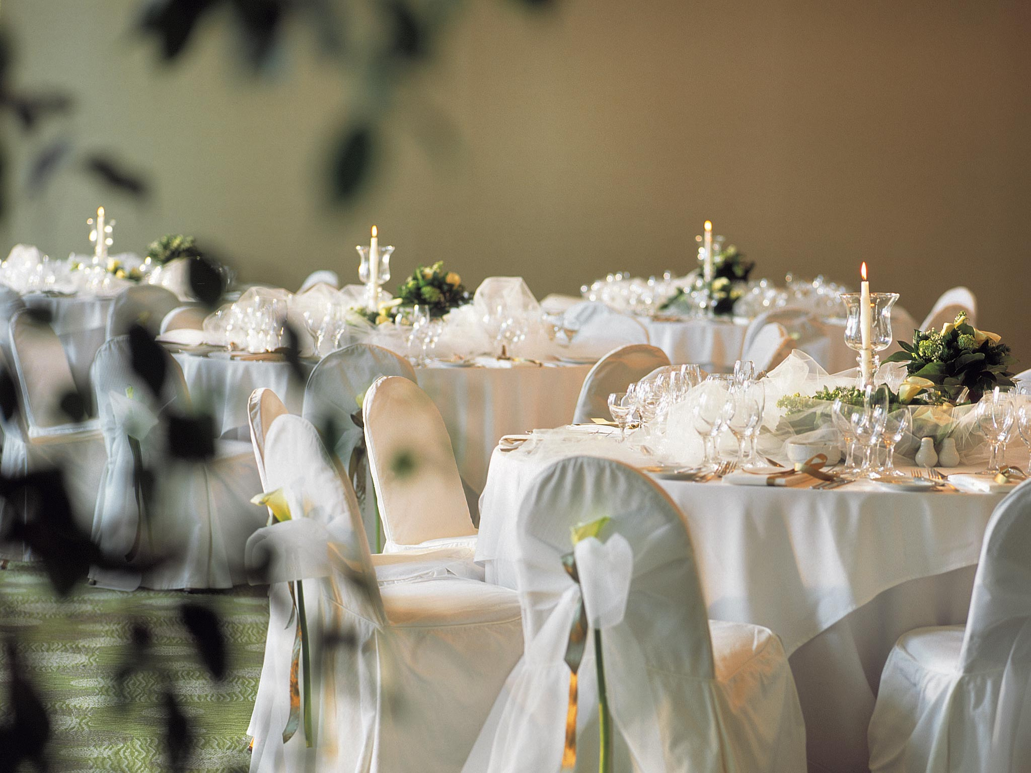 Fairytale Weddings in Vouliagmeni Suites