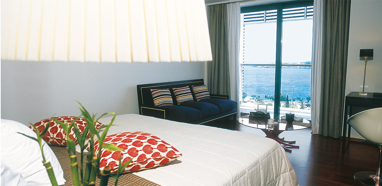 Vouliagmeni-Suites-Grecotel-Boutique-Hotel-Sea-View-Deluxe-Accommodation