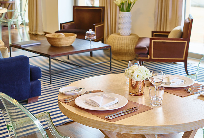 2-Vouliagmeni-Suites-Dining-Experience